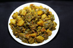 Indian dish of mixed vegetable curry Royalty Free Stock Photos