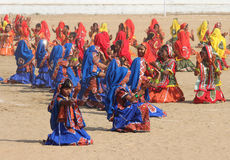 Indian girls dancing at Pushkar camel fair Stock Photo