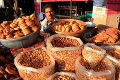 Indian man selling bread, Sadar Market, Jodhpur, India Stock Photo