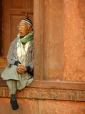 Indian man sitting at Jama Masjid, Delhi Stock Photography
