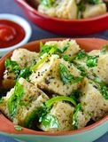 Indian Street Food Dhokla with sauce Stock Photos