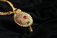 Free Indian Traditional Gold Necklace With Gemstones Stock Image - 130346031