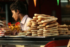 Indian Vendor sell bakery food Royalty Free Stock Photos