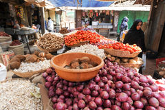Indian vendors and customers in the Devaraja vegetable market Royalty Free Stock Images