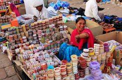 Indian woman selling bangels at Sadar Market, Jodhpur, India Royalty Free Stock Photos