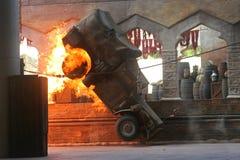 Indiana Jones - lastbil på brand royaltyfria foton