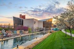 Indiana State Museum bij zonsondergang stock afbeelding