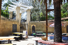Indiana Tea House Courtyard. COTTESLOE,WA,AUSTRALIA-JANUARY 6,2016: Courtyard with seating at the infamous Indiana Tea House at Cottesloe Beach in Cottesloe stock images