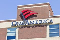 Indianapolis - cerca do abril de 2016: Lugar do centro de OneAmerica mim Imagens de Stock