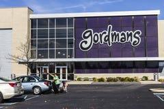 Indianapolis - cerca do novembro de 2016: Lugar da alameda de tira do retalho de Gordmans Gordmans é uma corrente dos armazéns II Fotos de Stock