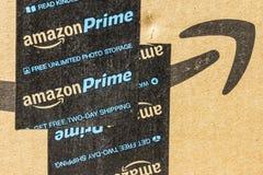 Indianapolis - cerca do setembro de 2016: Pacote principal do pacote das Amazonas amazon COM é um primeiro varejista em linha II foto de stock