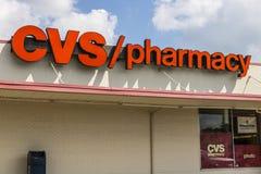 Indianapolis - circa agosto 2017: Posizione di vendita al dettaglio della farmacia di CVS CVS è la più grande catena della farmac Immagine Stock
