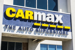 Indianapolis - Circa April 2017: CarMax Auto Dealership. CarMax is the Largest Used-Car Retailer in the US VI Royalty Free Stock Photo