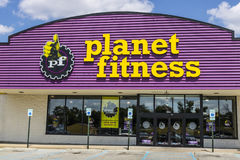 Indianapolis - Circa August 2017: Planet Fitness local gym and workout center II Royalty Free Stock Photo