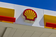 Indianapolis - Circa August 2016: Signage and Logo of Shell Gasoline. Royal Dutch Shell plc is based in The Hague, Netherlands II Royalty Free Stock Image