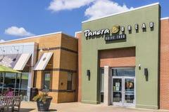 Indianapolis - Circa Augustus 2017: De Kleinhandelsplaats van het Panerabrood Panera is een Ketting van Snelle Toevallige Restaur Royalty-vrije Stock Foto