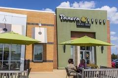 Indianapolis - Circa Augustus 2017: De Kleinhandelsplaats van het Panerabrood Panera is een Ketting van Snelle Toevallige Restaur Royalty-vrije Stock Foto's