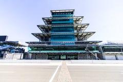 Indianapolis - Circa Februari 2017: Den Panasonic pagoden på Indianapolis Motor Speedway XI Fotografering för Bildbyråer