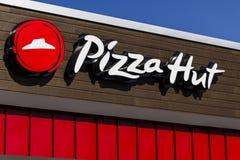 Indianapolis - Circa Februari 2017: Het Snelle Toevallige Restaurant van Pizza Hut Pizza Hut is een dochteronderneming van YUM! M Royalty-vrije Stock Foto