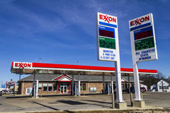 Indianapolis - Circa February 2017: Exxon Retail Gas Location. ExxonMobil is the World`s Largest Oil and Gas Company IV Royalty Free Stock Photos