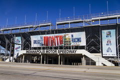Indianapolis - circa im Februar 2017: Eingang des Flugsteig-zwei in Indianapolis Motor Speedway VII Stockbild