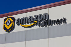 Indianapolis - circa im März 2016: Amazonas COM-Erfüllungs-Mitte Stockfoto