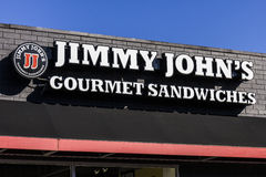 Indianapolis - circa im Oktober 2016: Jimmy Johns feinschmeckerisches Sandwich-Restaurant Jimmy Johns bekannt für ihre Lieferung  lizenzfreie stockfotografie