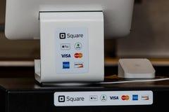 Indianapolis - circa im September 2018: Bewegliche Kreditmethoden einschließlich Quadrat, Visum, Master Card, American Express un lizenzfreie stockbilder