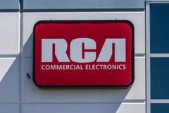 Indianapolis - Circa Juli 2017: Commercieel de Elektronikabureau van RCA Van de Elektronikaontwerpen van RCA Commerciële Televisi Stock Foto
