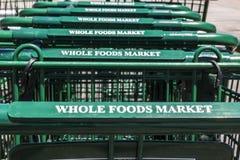 Indianapolis - Circa Juli 2017: Whole Foods-Markt Amazonië kondigde een overeenkomst aan om Whole Foods voor $13 te kopen 7 milja Stock Foto's