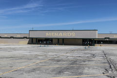 Indianapolis - Circa June 2017: Recently shuttered Menards Home Improvement location II Stock Photos