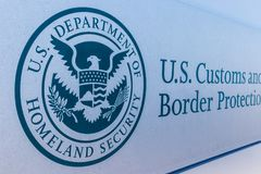 Indianapolis - Circa Maart 2018: Douane en de Afdeling van de Grensbeschermingopbrengst CBP is een federaal agentschap II van de  royalty-vrije stock fotografie