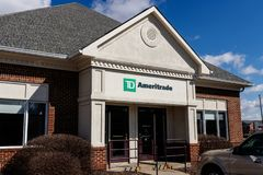 Indianapolis - Circa Maart 2019: TD Ameritrade lokaal filiaal TD Ameritrade in een online makelaar van voorraden en investeringen stock foto