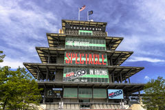 Indianapolis - circa maggio 2017: La pagoda di Panasonic a Indianapolis Motor Speedway L'IMS prepara per del Indy 500 II immagini stock