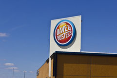 Indianapolis - Circa March 2016: Dave. & Buster's Restaurant - The Only Place to Eat, Drink, Play & Watch Sports II Royalty Free Stock Images