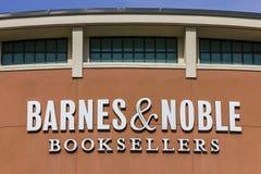 Indianapolis - Circa November 2016: De Kleinhandelsplaats van Barnes & Noble Barnes & Noble is een belangrijke detailhandelaar va Stock Fotografie