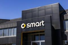 Indianapolis - Circa Oktober 2016: Smart bilåterförsäljare Smart är en uppdelning av Daimler AG II Arkivfoto
