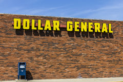 Indianapolis - Circa September 2017: Dollar General Retail Location. Dollar General is a Small-Box Discount Retailer VIII. Dollar General Retail Location. Dollar Royalty Free Stock Image