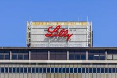 Indianapolis - Circa September 2017: Eli Lilly och företagsvärldshögkvarter ANMÄRKNING: Flaggstången har tagits bort VIII Royaltyfria Foton