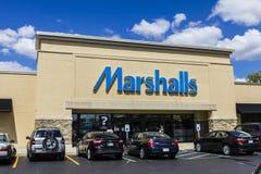 Indianapolis - Circa September 2016: Marshalls Retail Strip Mall Location. Marshalls is a Subsidiary of the TJX Companies I. Marshalls Retail Strip Mall Location Stock Photos