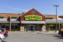 Indianapolis - Circa September 2016: Ny timjanbondemarknad Ny timjan erbjuder ny och sund mat på att förbluffa värden V Arkivbild