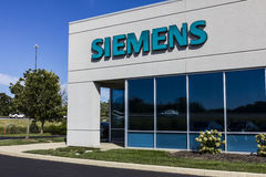 Indianapolis - Circa September 2016: Siemens Building Technologies. Siemens employs approximately 362,000 people worldwide I. Siemens Building Technologies Stock Photography