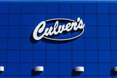 Indianapolis - Circa September 2017: Snabbt tillfälligt läge för Culver ` s Culver ` s är berömd för deras Butterburgers och drop royaltyfria foton