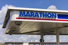 Indianapolis: Circa septiembre de 2016: Gasolinera de la venta al por menor del petróleo del maratón El petróleo del maratón refi Fotografía de archivo