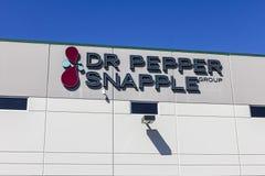 Indianapolis - circa septiembre de 2016: Planta de embotellamiento del Dr. Pepper Snapple Group II Fotos de archivo libres de regalías