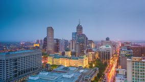 Indianapolis, Indiana, orizzonte del centro di U.S.A. archivi video