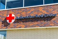 Indianapolis - Około Luty 2017: Amerykański czerwony krzyż pomocy ofiarom klęsk HQ Amerykański czerwony krzyż zapewnia przeciwawa Zdjęcie Stock