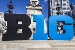 Indianapolis - Około Marzec 2017: Duzi Dziesięć Konferencyjny logo także stylizował jako Duży B1G w W centrum Indianapolis IV lub Fotografia Stock