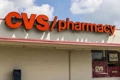 Indianapolis - Około Sierpień 2017: CVS apteki handlu detalicznego lokacja CVS jest Wielkim apteki łańcuchem w USA VIII Obraz Stock