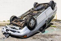 Indianapolis - Około Wrzesień 2016: Sumujący SUV samochód Po jazda po pijanemu wypadku Ja Fotografia Stock